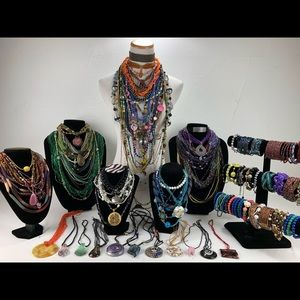 123 Pieces of Glass Beads Jewelry